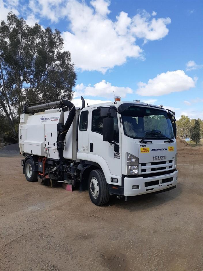 2015 Isuzu FH FSR850 Sweeper Truck