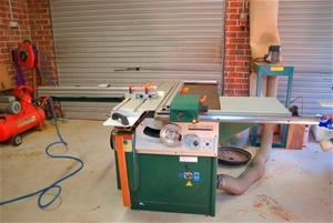 Felder Table Saw with sliding table 6 blades and other accessories  Ta