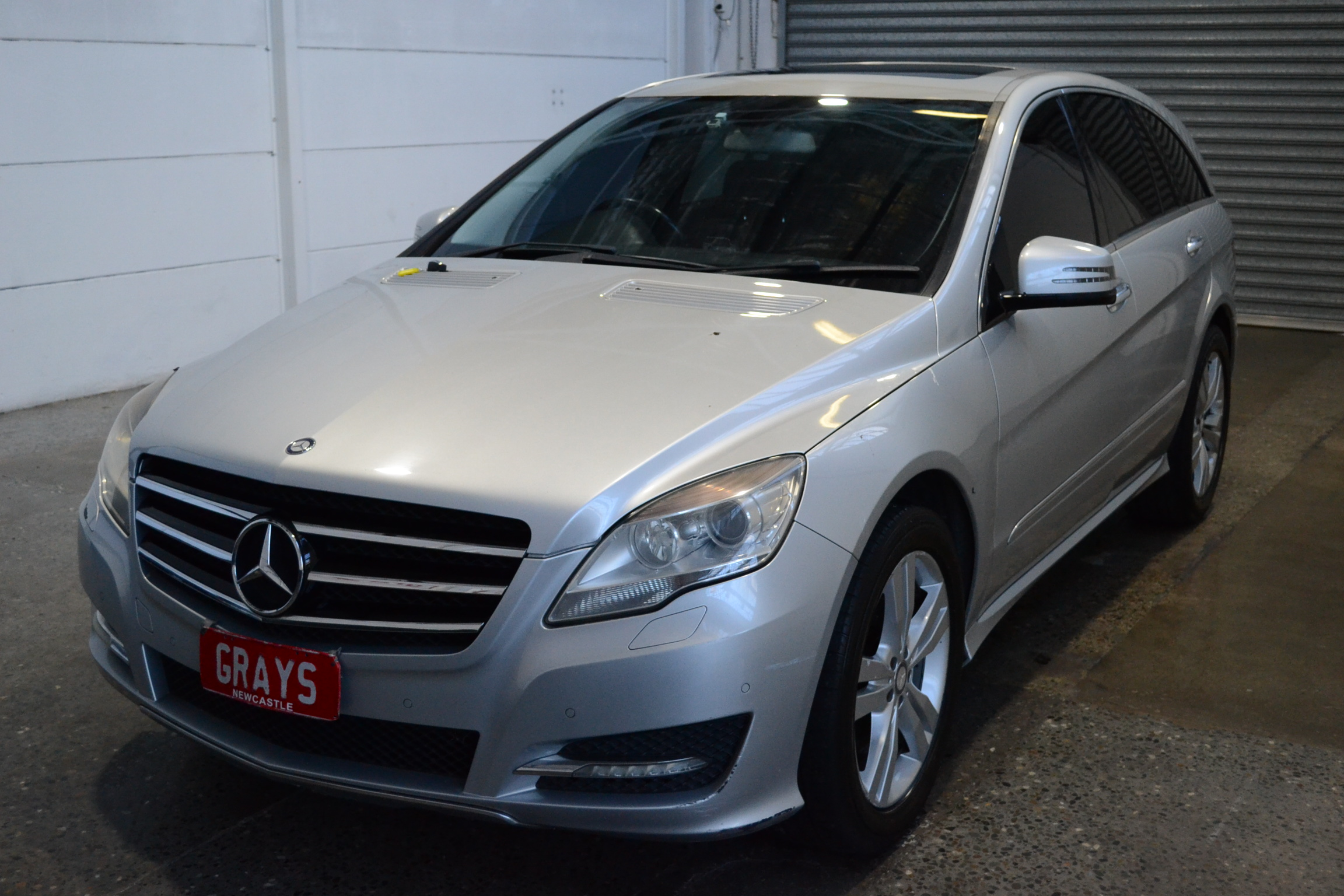 2010 Mercedes R300 Auto 7 Seats People Mover