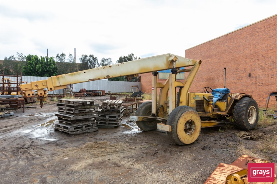 Chamberlain / John Deere Mobilift TG36 Yard Crane