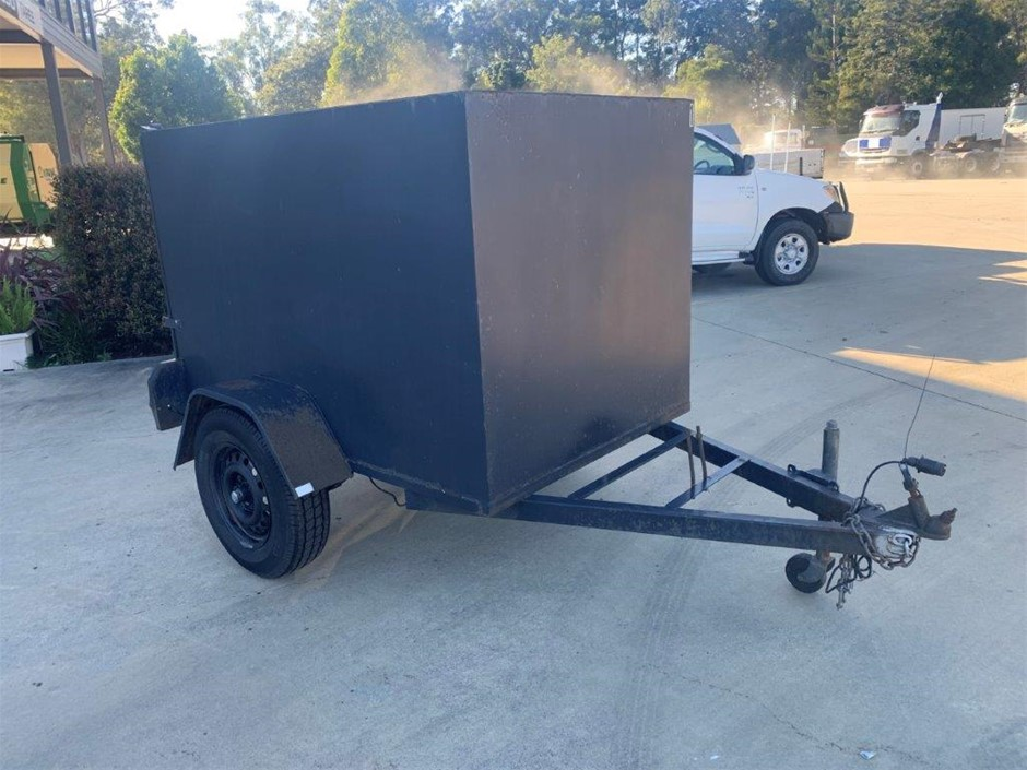 2009 Alpine Trailers Enclosed Box Trailer