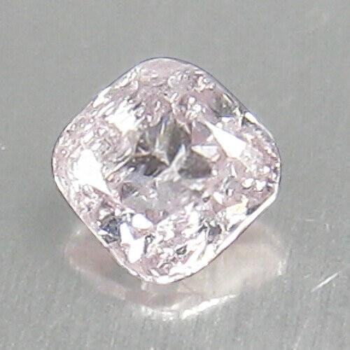 0.06Ct PINK diamond