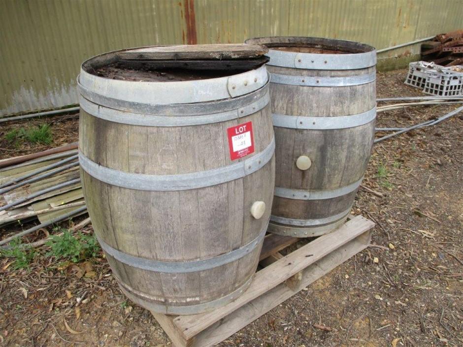 2 x Oak Barrels