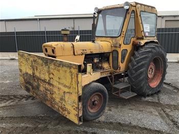 David Brown 1210 Tractor