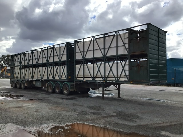 2001 Shanks 3TT Triaxle Livestock A and B Double Combination