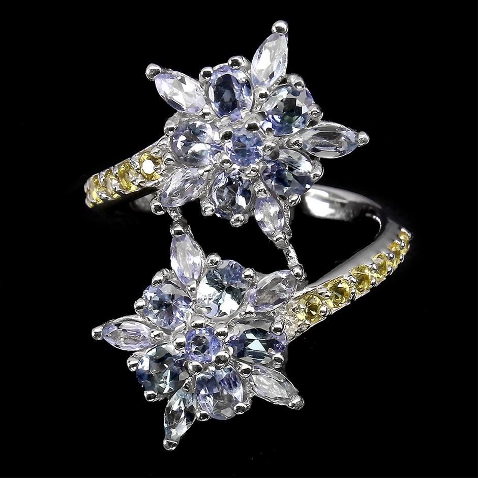 Stunning Genuine Tanzanite & Sapphire Ring.