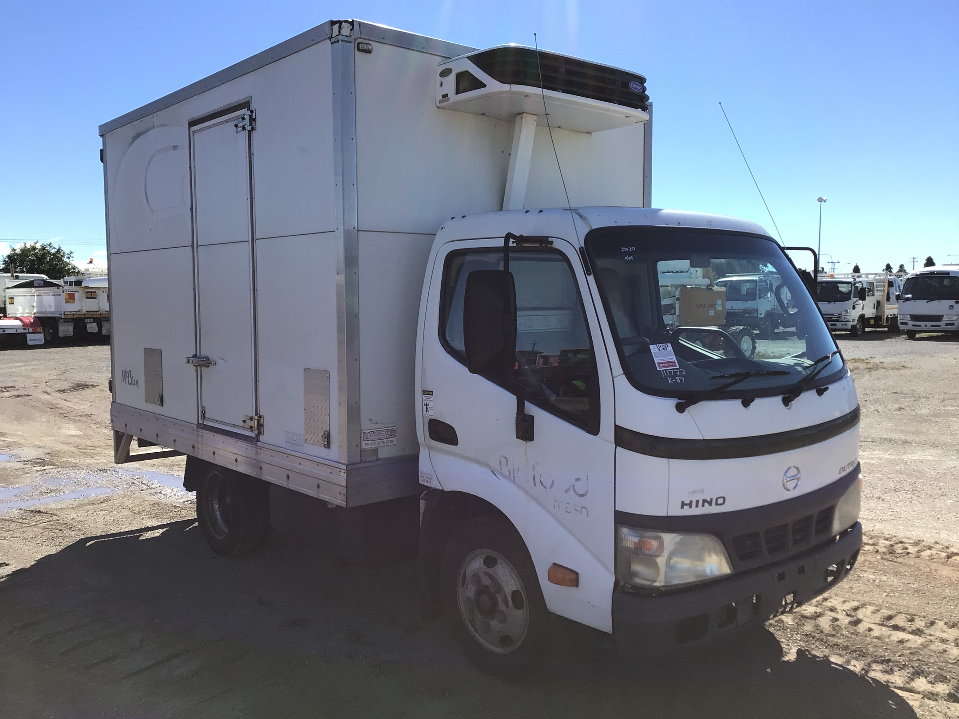 2005 Hino Dutro 4 x 2 Refrigerated Body Truck