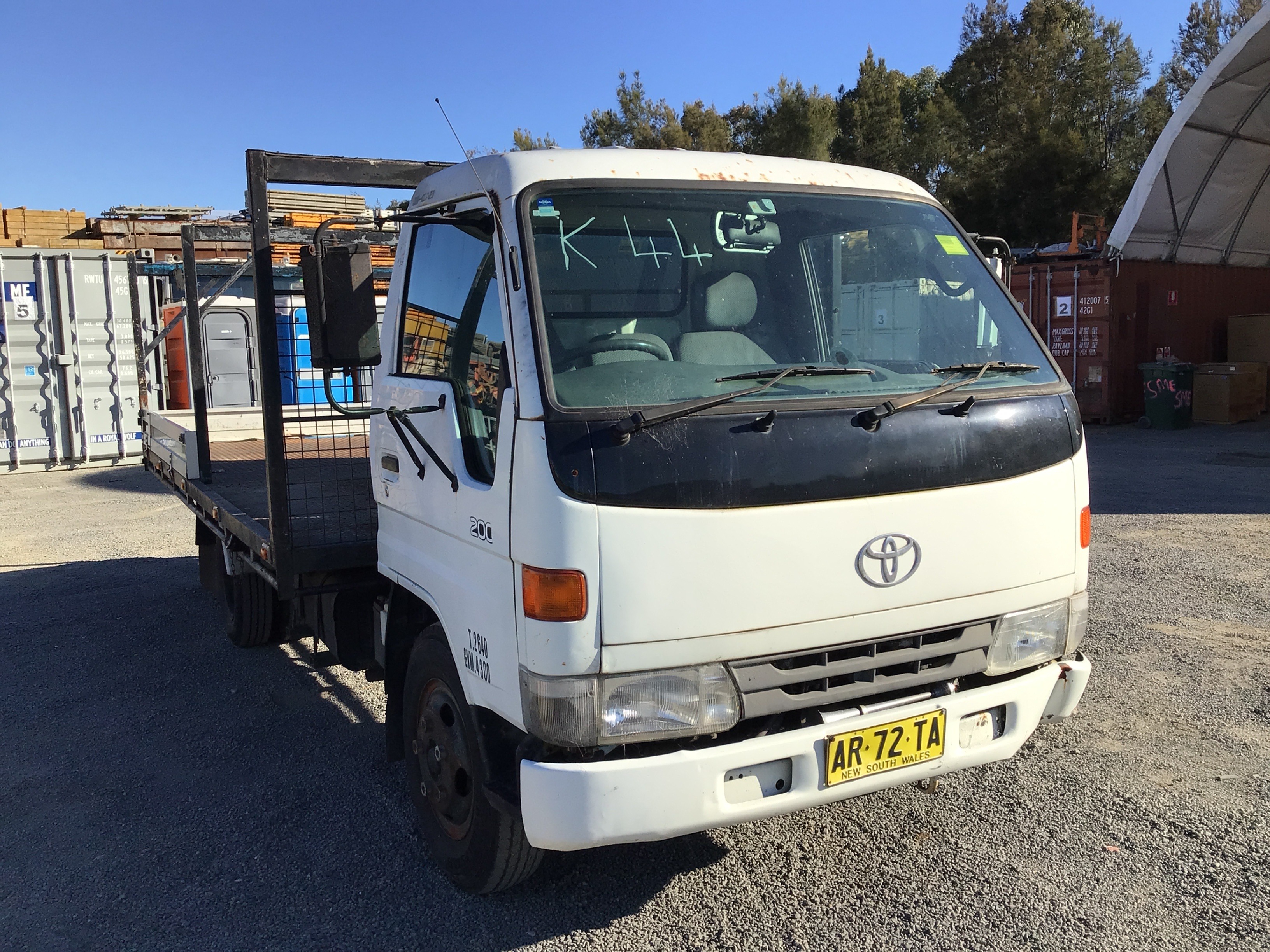 1998 Toyota Dyna 200 4 x 2 Service Truck