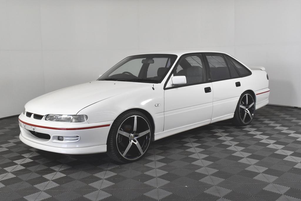 1994 Holden VR Commodore SS (HSV Enhanced) V8 Manual Sedan