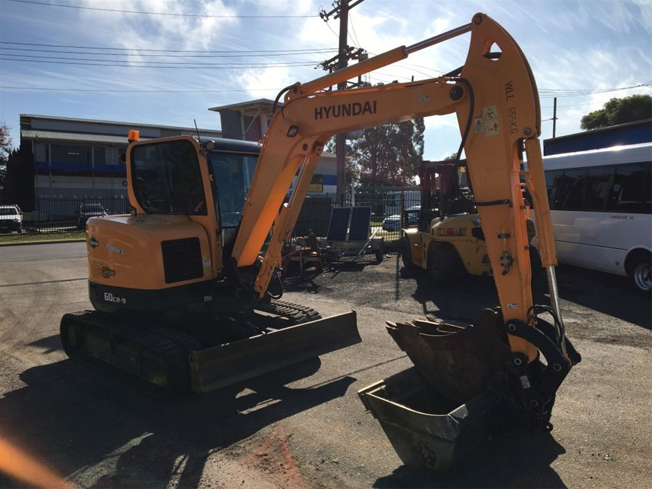 2016 Hyundai Robex 60 CR-9 Excavator