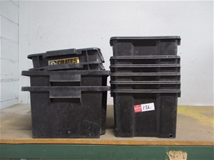 Qty 10 x Approx Plastic Tubs