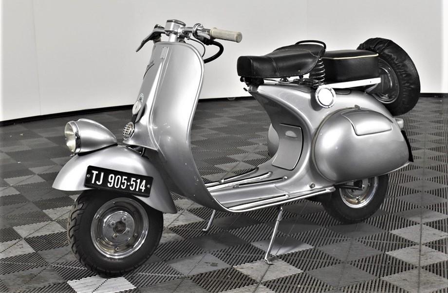 1957 Piaggio Vespa 2 seater Scooter, 005 km indicated
