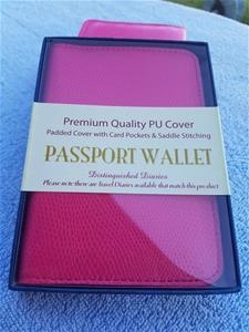 10 xPassport wallet,