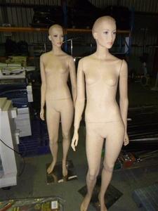 Qty 2x Mannequins