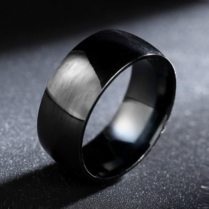 Lightweight Titanium Polished Black Men's Ring - US Size 9
