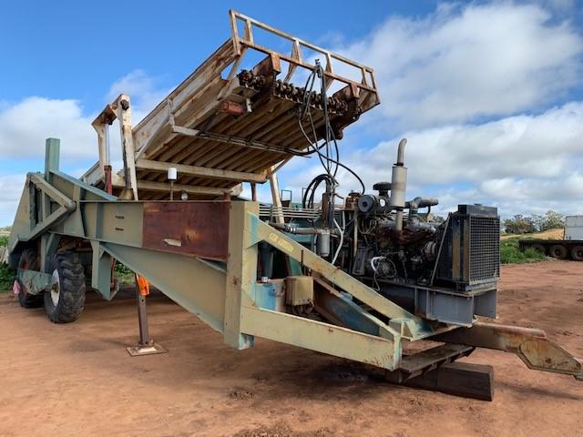 Cotton loader