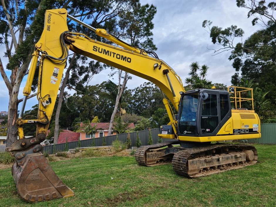 2014 Sumitomo SH210-6 Excavator