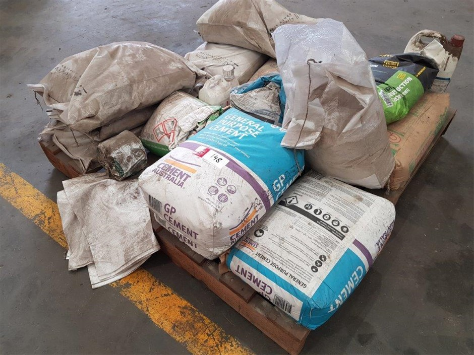 Pallet of Assorted Sand and Cement Bags