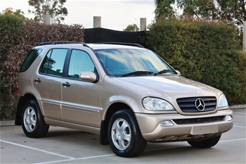 2002 mercedes benz ml270 cdi w163 my2002 7 seater suv for Mercedes benz 7 passenger suv