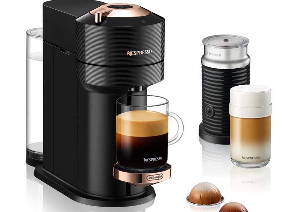 NESPRESSO Vertuo Next & Aeroccino Coffee Machine, Silver. N.B. Minor use, m
