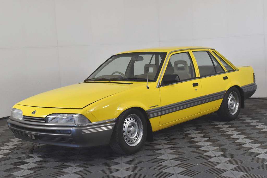 1988 Holden VL Commodore BT-1 (LW5/MX7/1D008) Manual Sedan