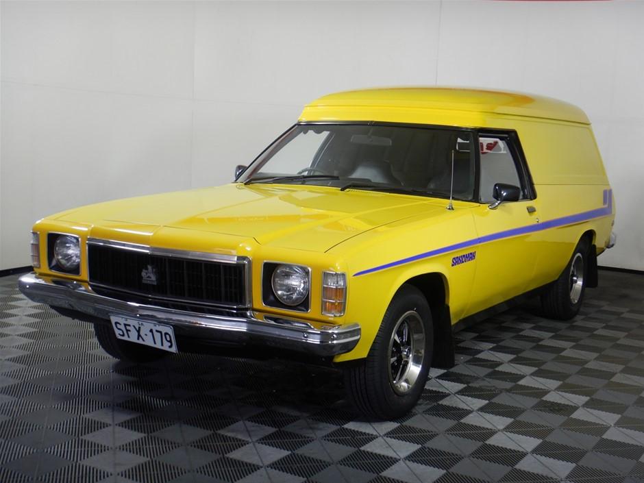 1976 Holden HX Sandman RWD Manual Wagon