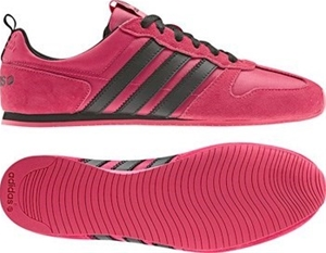 official photos ee483 f98e7 Womens Size 9 US   EUR 41.5 Adidas Neo R
